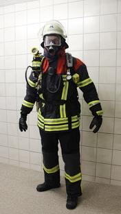 Schutzanzug Atemschutz vorne