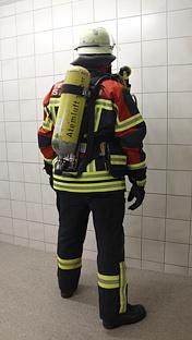 Schutzanzug Atemschutz hinten